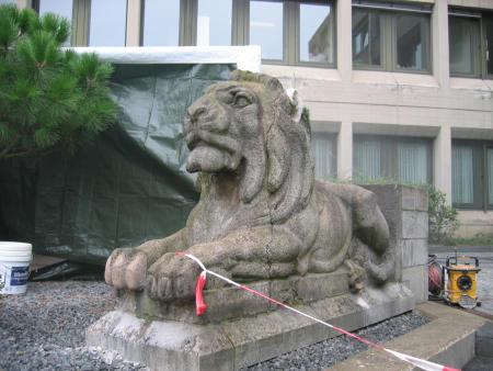Steinfigur im Niederdruckstrahlverfahren gereinigt